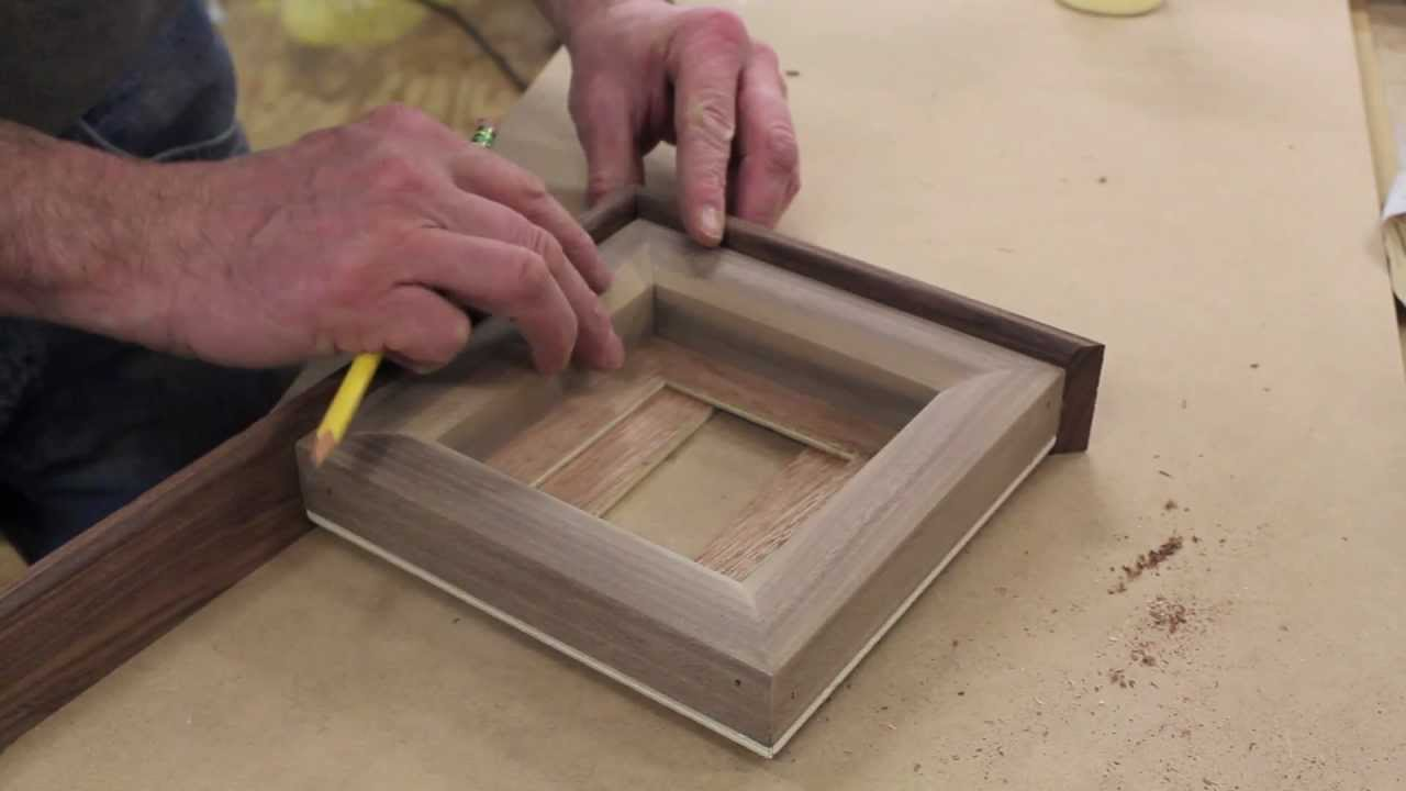 Make a Walnut & Rosewood Picture Frame