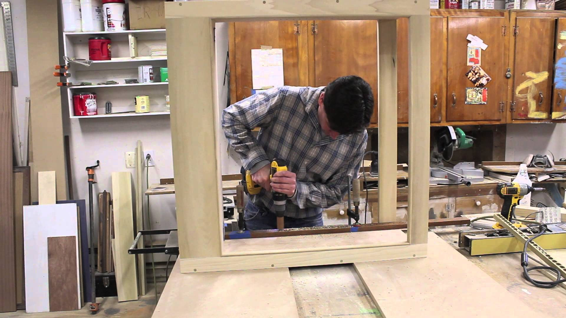 Make adjustable shelves