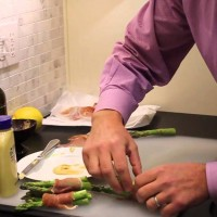 Recipe Thursdays: Prosciutto Wrapped Asparagus Recipe & Video
