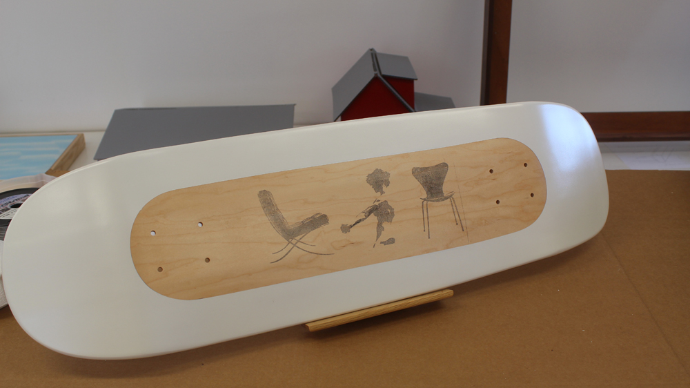 Use an Inkjet transfer to paint a Skateboard