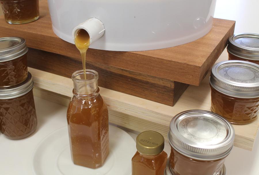 How to make a Honey Gate – Honey Harvest