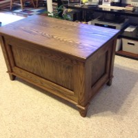 Mike Mantooth Oak Blanket Chest