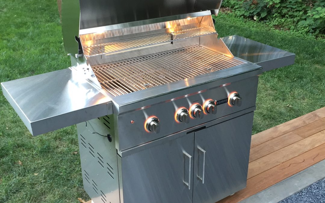 Unboxing Coyote Grill for Outdoor Kitchen