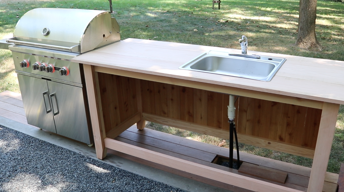 Build an outdoor kitchen cabinet countertop with sink for Building an outside kitchen