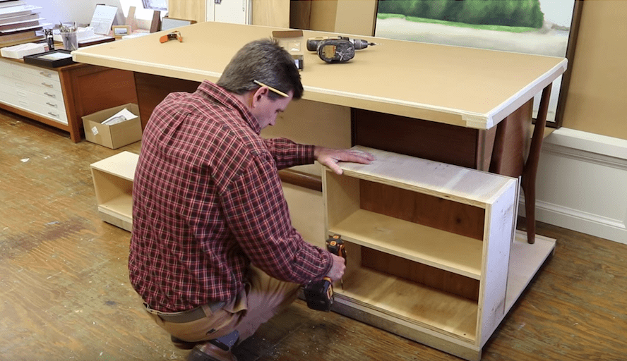 desk-adding-storage-to-the-back