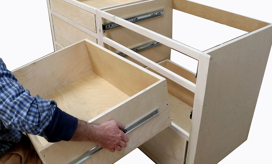 Build Kitchen Cabinets & Install Drawer Slides – Free Design Plans