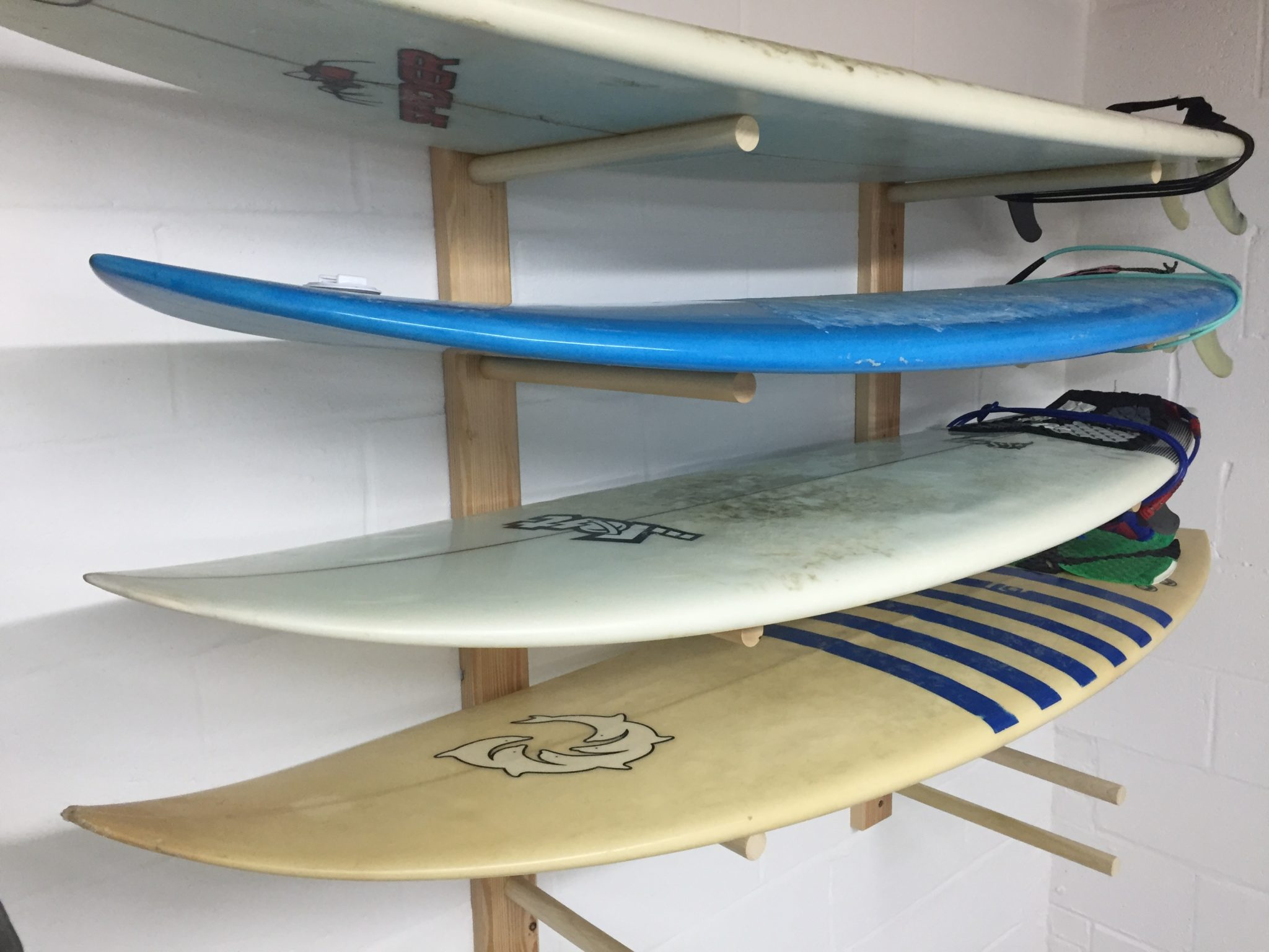 Build a Surfboard Rack – Free Design Plans