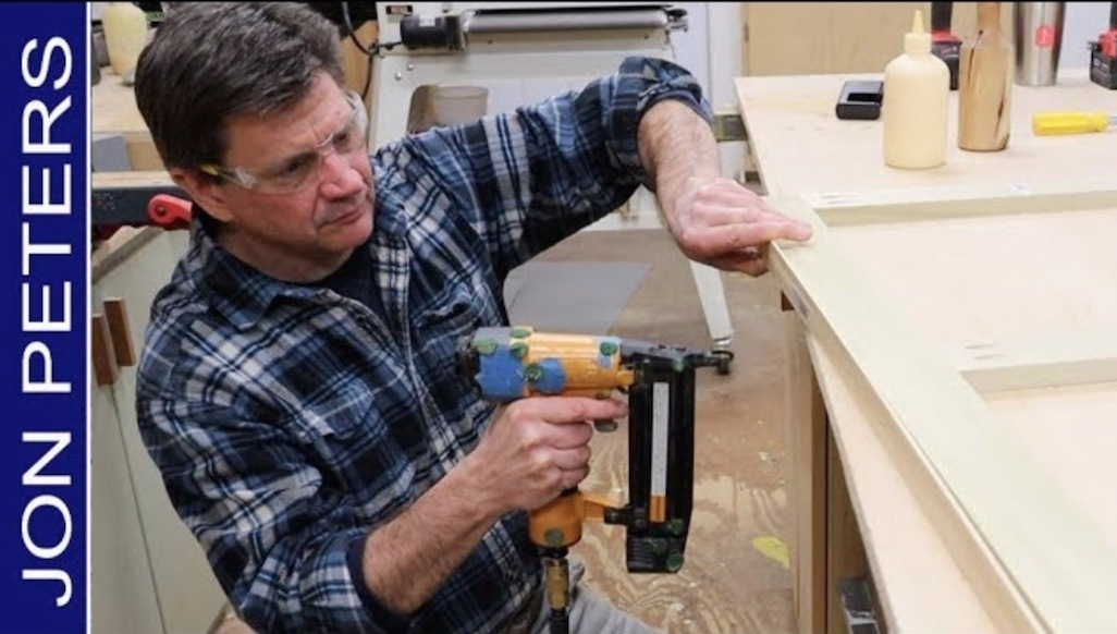 How To Build A Stretcher for Stretching a Canvas